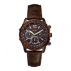 Koop dit GUESS dameshorloge W0017L4 horloge online in onze webwinkel.                     Dit is een dames horloge met een quartz uurwerk.                             De kleur van de kast is bruin, grijs en de kleur van het uurwerk is bruin.                             De kast is gemaakt van staal en de band van het horloge van leer.                             Het uurwerk is analoog en er wordt gebruik gemaakt van mineraal.                                       Wij zijn offici...