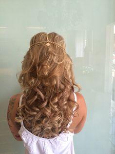 #hairstyle#hairbridal#hairbali#hairdo#hairupstyle#hairwedding#weddinginbali#baliwedding#professionalhairstylist#verytalentedhairart#awesomehairstyle#gorgeoushairstyle#hairweddingbali#
