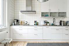 KÖKSLUCKA: Solid vit | Ballingslöv LOCATION: Lägenhet i Göteborg