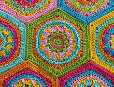 hex with top stitching   Ravelry: Granny Square Hexagon Crystal - crochet pattern PDF pattern by Paula Matos