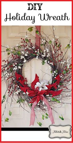 I made my fall wreath so long ago that I�ve been itching to redo it for the upcoming holidays. This weekend, the temptation was too much and so I gave in and ma�