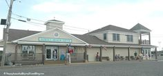 7 Things to See and Do at Sunset Beach in Cape May in New Jersey. The Sunset Beach Gift Shops have gourmet foodie gifts, souvenirs, clothing, jewelry, home decor and more!  FREE parking nearby!