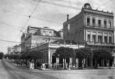 """Prédios históricos da Manaus da década de 1930. Fonte: Trabalho acadêmico """"Manaus e seu comércio: 1930 aos dias atuais"""" – Aluísio Leal de Souza."""