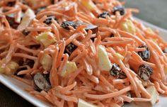 Als je worteltjes zó klaarmaakt, lust iedereen ze! Carrot Salad Recipes, Summer Salad Recipes, Summer Salads, Healthy Salads, Healthy Recipes, Pineapple Salad, Salad Dressing Recipes, How To Cook Quinoa, Soup And Salad