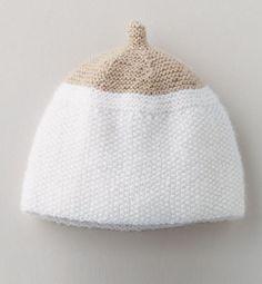 PHILDAR Modèle bonnet lin layette Modèle bonnet layette, de prématuré à 12 mois. Ce modèle est tricoté en ' fil PARTNER BABY ' coloris lin, et blanc, au point mousse et point de riz. Un modèle léger, tout doux pour bébé!  Modèle tricot n°01 du mini-catalogue 579 : Layette, Printemps/été