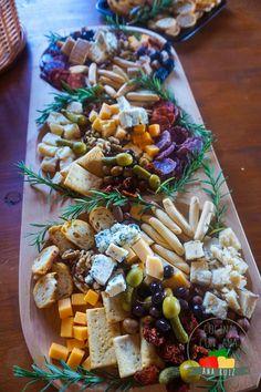 Cómo hacer una tabla de quesos y embutidos