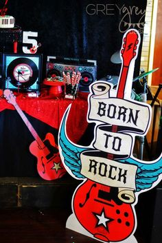 Born to Rock Party | Music Themed Birthday Party Ideas #musicbirthday #rockstarparty