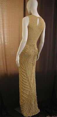 crochetmestres crochetmes3: Vestido con relieves 1