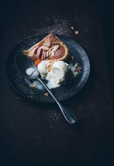 Call me cupcake: Easy stone fruit tarts