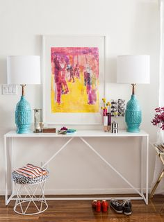 color, white frame