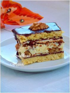 Strudelkowe Pastries: Pastry With Nuts, meringue and Masa pudding With translator Sweets Cake, Cupcake Cakes, Cupcakes, Cake Cookies, No Bake Desserts, Dessert Recipes, Chocolate Ganache Tart, Polish Recipes, Bakery Recipes