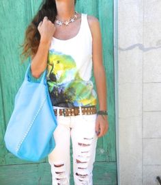 #parrot #tank #summer #green #turquoise #blu #outfitoftheday #outfitidea #girl #fashionbloggeritaly  #fashionblog #fashionblogger #rippeddenim #white #thefashionamy #fashion #style #outfit #sporty #turquoise #green #yellow #style