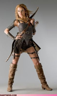 If all women went to war like this, their would be a ton of dead women.  She protects her chest with chain armor, but leaves her thighs exposed? Seriously?