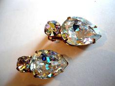 Vintage Weiss Rhinestone Ear Clip Earrings Mid by Auntiemollys @bronwynruby