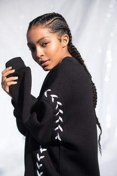 Modele tresse africaine coiffure tresse afro coiffure naturelle tresses longs africaines belle coiffure femme célèbre