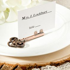 Skeleton Key Place Card Holders - a charming Vintage Inspired wedding favor!