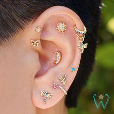 No Piercing Black Helix Ear Manchette Celtic Clover Shamrocks/helix cartilage ear cuff/piercing imitation/fake faux false piercing/ohrclip - Custom Jewelry Ideas Pretty Ear Piercings, Cartilage Piercings, Piercings For Small Ears, Ears Piercing, Flat Piercing, Helix Piercing Jewelry, Ear Piercings Chart, Unique Ear Piercings, Piercings Tumblr