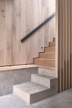 shadow recess instead of skirting; less keen on concrete, side stepping. from Rylett Studios by Mclaren Excell architecture interior McLaren Excell contrasts smoked oak with white panelling in renovated London offices Concrete Stairs, Concrete Wood, Wood Stairs, House Stairs, Concrete Floors, Interior Staircase, Stairs Architecture, Staircase Design, Interior Architecture