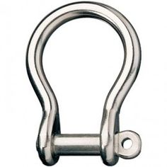A stainless steel shackle is just one component of several that are used in rigging in the marine sector or for other purposes.