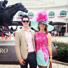 15 Fabulous Kentucky Derby Women's Hats and Fashion Outfit Inspirations Kentucky Derby Fashion, Kentucky Derby Outfit, Derby Attire, Derby Outfits, Veuve Cliquot, Preppy Style, My Style, Brunch Outfit, Derby Day