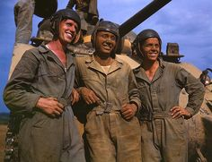 Alfred T. Palmer. M-4 tank crews of the United States. Fort Knox, Kentucky, June 1942. Reproduction from color slide.