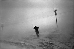 Josef Koudelka Magnum Photos, Black White Photos, Black And White Photography, Snow Blizzard, Winter Schnee, Dark Landscape, First Photograph, French Photographers, Photojournalism