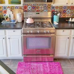 Awesome Bohemian Kitchen Design Ideas For Comfortable Cooking – Best Home Decorating Ideas - Page 36 Bohemian Kitchen, Bohemian House, Bohemian Interior, Boho Gypsy, Hippie Boho, Wooden Couch, Style Boho, Hallway Decorating, Decorating Ideas