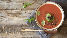 """Finde heraus wie lecker Upfit sein kann und bereite dir mit diesem einfachen """"Paprika Tomaten Suppe Rezept"""" ein gesundes und leckeres Gericht zu."""