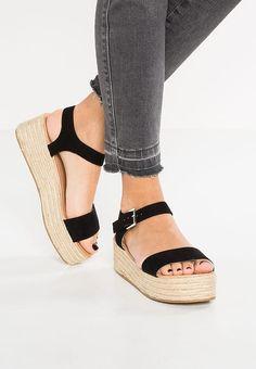 Chaussures Topshop DREAM - Sandales à plateforme - black noir: 40,00 € chez Zalando (au 17/06/17). Livraison et retours gratuits et service client gratuit au 0800 915 207.