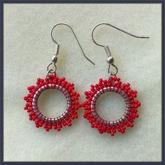 Hey, I found this really awesome Etsy listing at https://www.etsy.com/listing/172183093/small-star-earrings-christmas-red-beaded