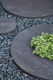 Round concrete stepping stones from Hasselfors Garden Garden Stones, Garden Paths, Garden Art, Outdoor Landscaping, Outdoor Gardens, Diy Garden Decor, Outdoor Projects, Dream Garden, Garden Inspiration
