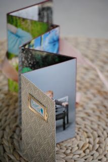 A VERY cute little 'Homemade Photo Album'.  What a perfect little gift!!  [This particular one went to GRANDMA]  #paper #DIY