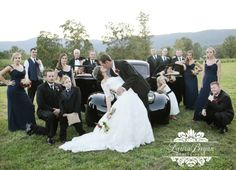 Awesome wedding group shot!  Laura Bryan Photography » simple elegance. {{Lynchburg, Virginia Wedding & Portraiture Photographer}}