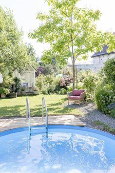 Autumn Interior, Outdoor Living, Outdoor Decor, Room Set, Outdoor Gardens, Fall Decor, Home And Garden, Mansions, House