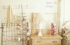 Hometalk :: A Merry Vintage Christmas :: Kathy @ Petticoat Junktion's clipboard on Hometalk