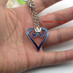 WF1023 1pcs Kingdom Hearts Crown Logo Pendant Heart Necklace Charm Anime Cosplay Gift-in Pendant Necklaces from Jewelry & Accessories on Aliexpress.com | Alibaba Group