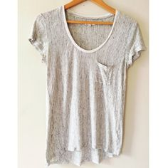 ➡️Madewell Tee⬅️ Adorable tee for every day wear. Perfect condition. Offers welcome. Bundle and receive 30% off your entire purchase automatically at checkout, or ask me to create a custom bundle for you. Happy Poshing! Madewell Tops Tees - Short Sleeve