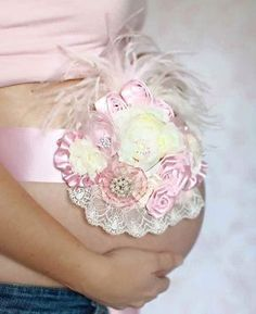 Pink Maternity Pregnancy Photo Prop Couture Baby Sash for Belly Mom to Be Princess Girl First newborn photos Maternity Photo Props, Maternity Sash, Maternity Pictures, Maternity Poses, Distintivos Baby Shower, Baby Shower Parties, Baby Shawer, Baby Love, Newborn Photos