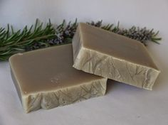 Receita de sabonete de alecrim, excelente para pele e cabelo – | Receitas Lá na Roça