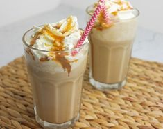 Ijskoffie - Foodaholic Smoothie Drinks, Smoothies, Recipes From Heaven, High Tea, Sweet Recipes, Baking Recipes, Latte, Foodies, Good Food