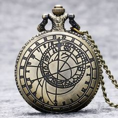 New Retro Compass Vintage Bronze Steampunk Quartz Necklace Pendant Chain Clock Pocket Watch Men Women Gifts Retro Watches, Watches For Men, Quartz Necklace, Pendant Necklace, Necklace Chain, Cheap Gift Cards, Quartz Pocket Watch, Steampunk, Pocket Watch Necklace