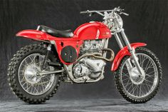 When horsepower meant more than suspension - Rrickman Metisse - Racing Cafe Indian Motorcycles, Triumph Motorcycles, British Motorcycles, Vintage Motorcycles, Triumph Motorbikes, Enduro Vintage, Vintage Motocross, Vintage Bikes, Retro Bikes