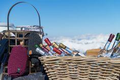 Höchster Bauernmarkt der Alpen Picnic, Basket, Winter, Pictures, Farmers Market, Alps, Winter Time, Picnics, Winter Fashion