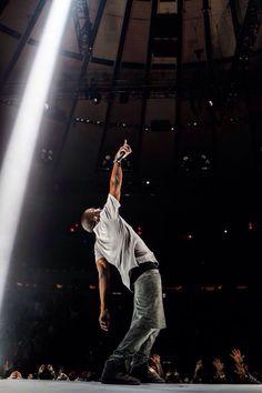 Kanye west, yeezus tour