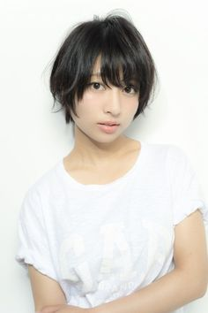 重く見えない、地味じゃない! 最新黒髪スタイル【ショート&ボブ】|ヘアスタイル|TOKYO CAWAII BEAUTY [トウキョウカワイイビューティ / TCB]