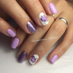 The Summer Holiday Nail Art Design for Short Nails. Short nails? No worry! Rock them up with the summer colors and glitter with the spark of your creativity.