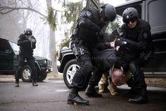 "Operators of the Military Police Battalion of Special Purpose ""Cobras"" (Serb. Bataljon vojne policije specijalne namene ""Kobre"") demonstrating tactics during arresting of the suspect person. See more at: http://specijalne-jedinice.com/Galerija-KOBRE.html"