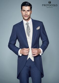 Chaqué modelo Loreto azul. Última tendencia. #chaqué #novio #boda #trajenovio