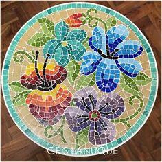 Mosaic Garden Art, Mosaic Art, Mosaic Tiles, Mosaic Designs, Mosaic Patterns, Mosaic Projects, Projects To Try, Mosaic Stepping Stones, Mosaic Flowers