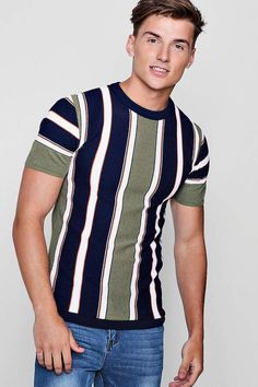 boohoo Vertical Stripe Knitted Muscle Fit T-Shirt Gents T Shirts, Best Polo Shirts, Vertical Striped Shirt, Striped T Shirt Dress, Cardigan Fashion, Knit Shirt, Well Dressed Men, Striped Knit, Urban Fashion